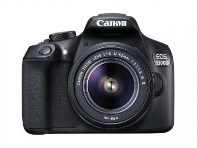 EOS 1300D + EF-S 18-55 IS II + BORSA + SD 8GB + PANNO