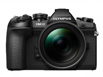 E-M1 II black + EZ-M 12-40 PRO black + caricatore, batteria e Lens Hood